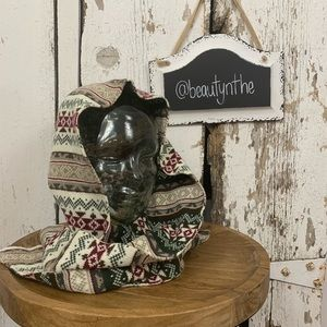 Accessories - Reversible fair isle hood scarf